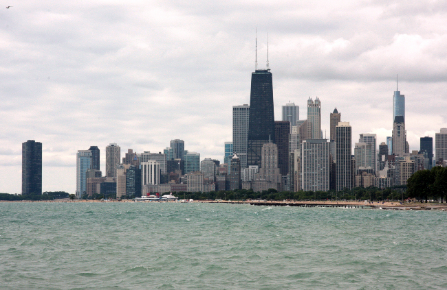 chicago-from-diversey-harbor