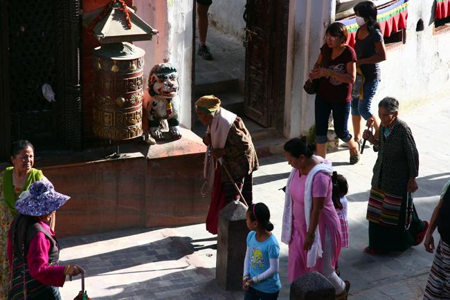 boudhanath-pilgrims
