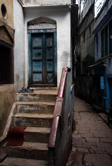 varanasi-old-steps