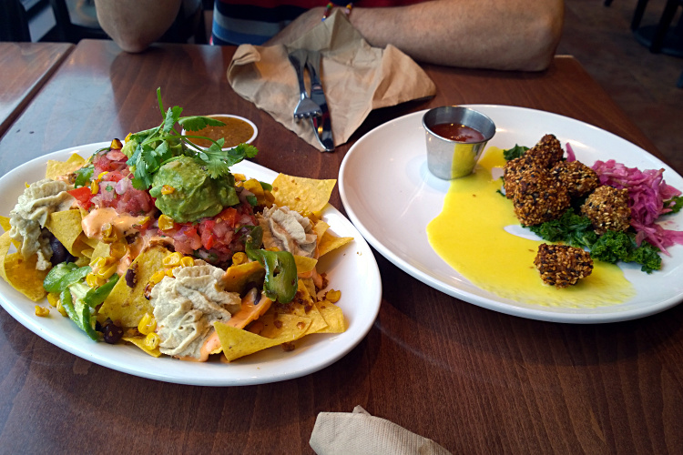 Native Foods nachos and chicken