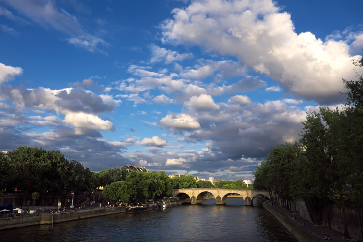Paris Sky_opt